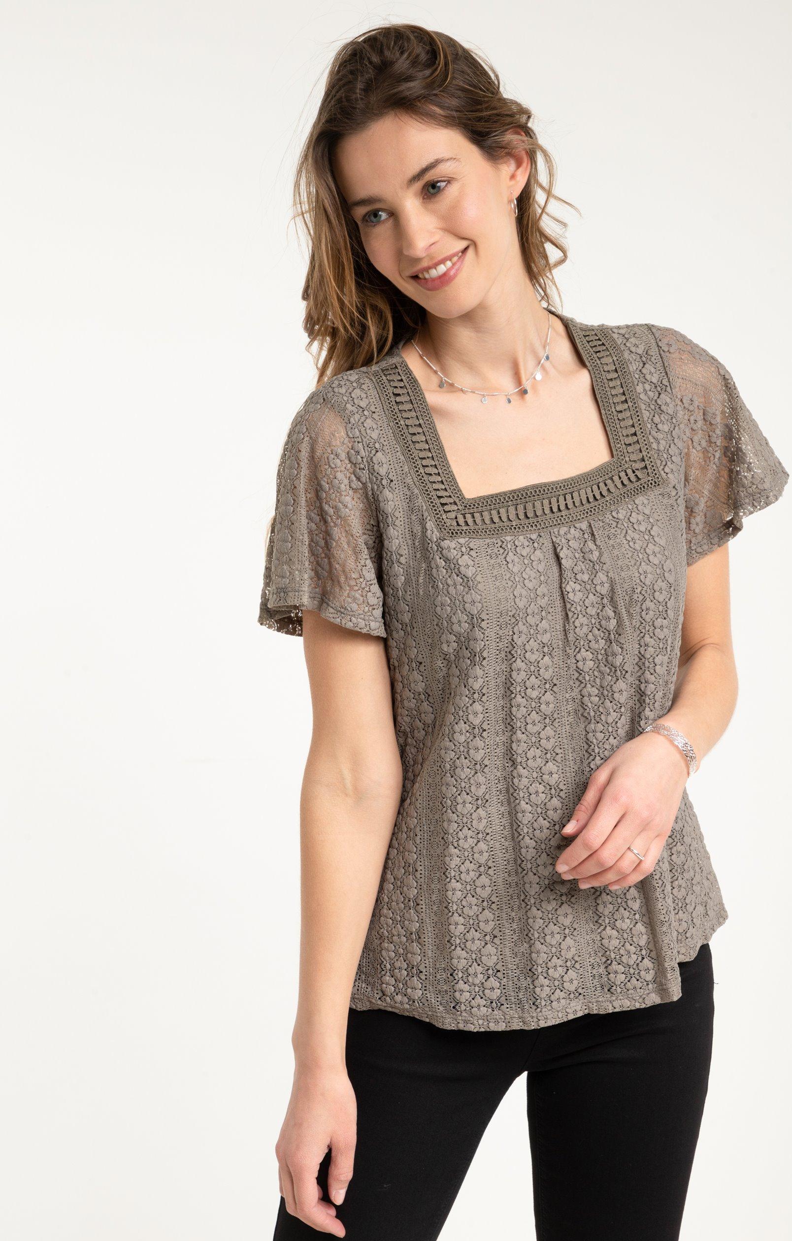 tee shirt en dentelle col carré