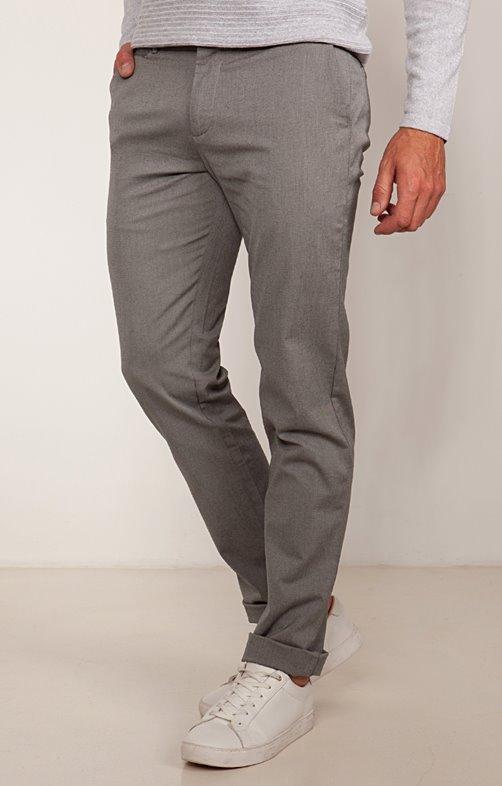 Pantalon chino ajusté