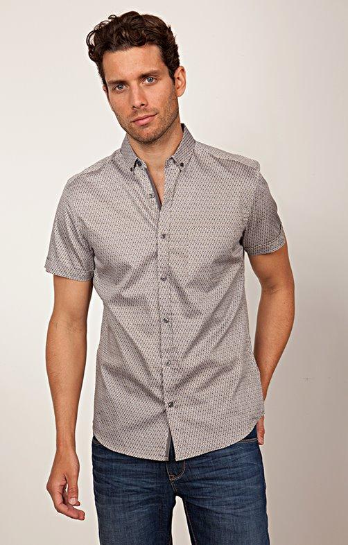 Chemise manches courtes ajustée